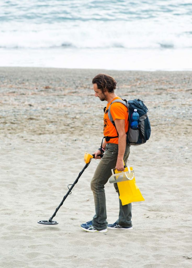How to use a metal detector as a beginner